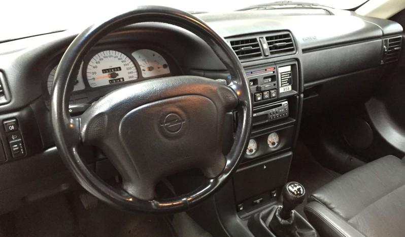 Opel Calibra 2.5 V6 full